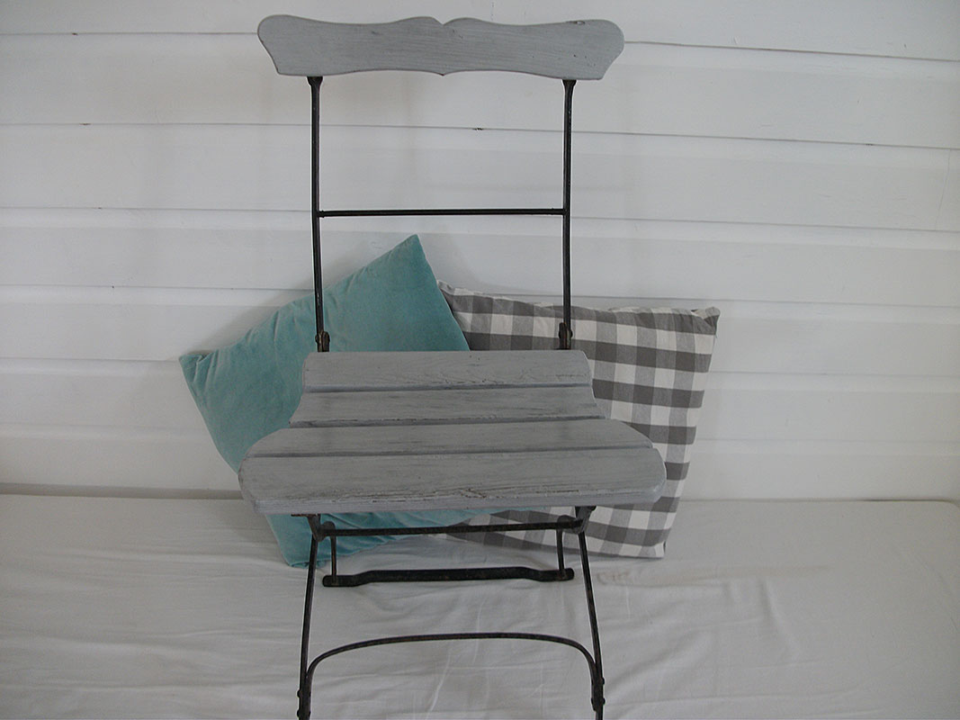 Chaise bistrot Suisse patine blue