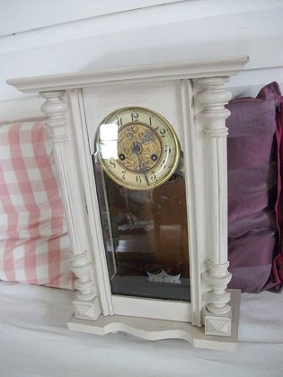 Atelier-Yael-Celadon-horloge-1