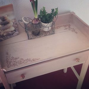Atelier-Yael-Celadon-meuble-toilette
